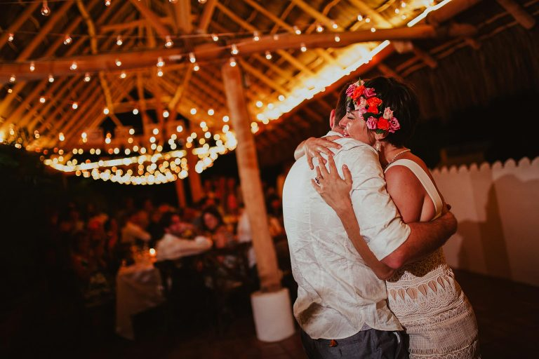 Becky & Jonathan - Sayulita Wedding Photographer-55