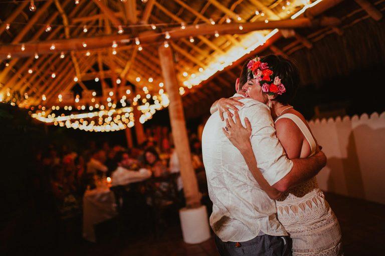 Becky & Jonathan - Sayulita Wedding Photographer-55